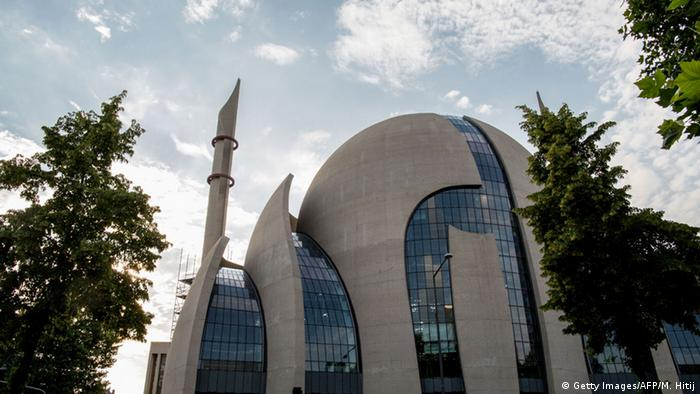 Köln Moschee DITIB (Getty Images/AFP/M. Hitij)