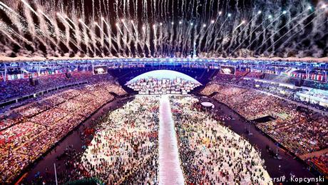 Olympia Rio 2016 Eröffnungsfeier Feuerwerk Maracana Stadion