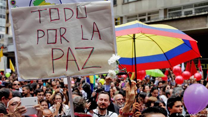 Manifestación a favor de la paz en Bogotá.