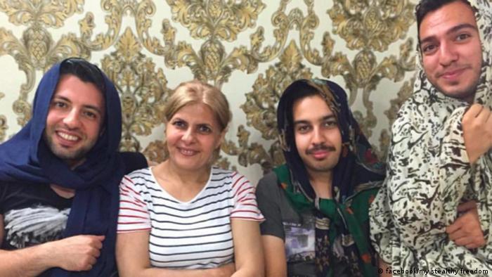 Iran - #MenInHijab