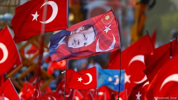 Türkei - Kundgebung in Istanbul gegen den Umsturzversuch