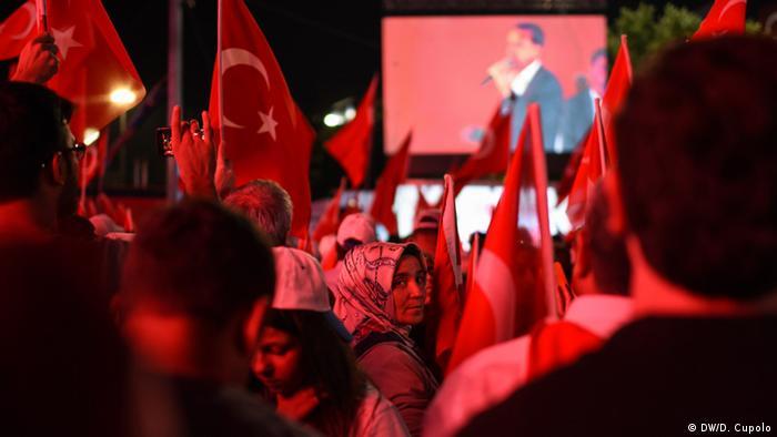 Türkei - Pro-Erdogan Demos in der Türkei