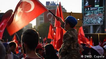 Türkei - Pro-Erdogan Demos in der Türkei (DW/D. Cupolo)