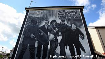 Mural showing the scene from Bloody Sunday