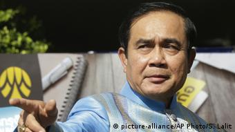 Thailand - Ministerpräsident Prayut (picture-alliance/AP Photo/S. Lalit)