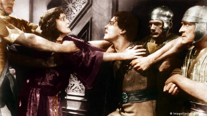 Ben Hur Filmszene von 1925 mit mehreren Darstellern in emotionaler Streitszene (Imago/United Archives)