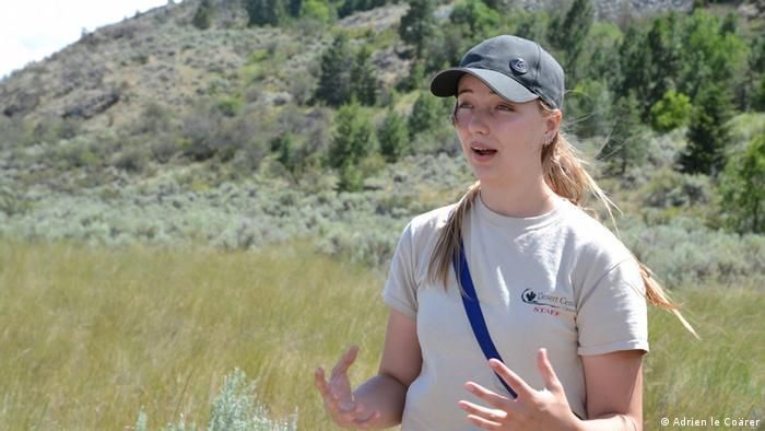 Osoyoos Desert Centre Interpretive guide Skye Eriksen (Photo: Adrien le Coärer)