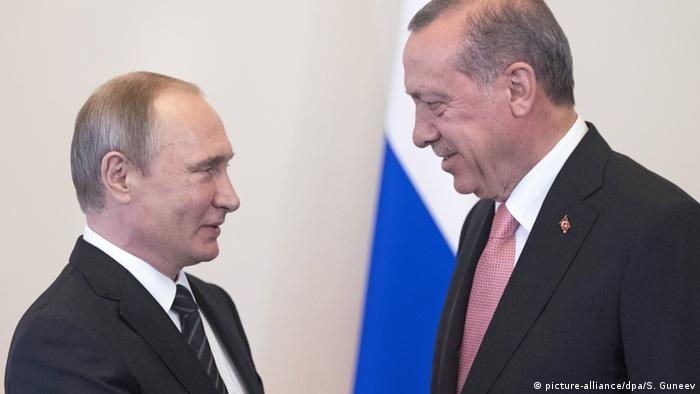 Russian President Vladimir Putin (left) meeting with Turkish President Recep Tayyip Erdogan at the Constantine palace in St. Petersburg, August 9, 2016.