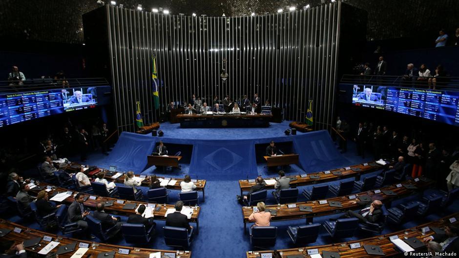 Senado decide levar Dilma a julgamento no processo de impeachment