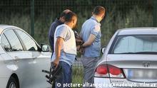 16.07.2016 ANKARA, TURKEY - JULY 16 : One surrendered soldier, involved in Parallel State/Gulenist Terrorist Organizations coup attempt, is being detained at a military air base in Ankara, Turkey on July 16, 2016. 'ÄúParallel state'Äù is an illegal organization backed by U.S.-based preacher Fetullah Gulen. Guven Yilmaz / Anadolu Agency | Keine Weitergabe an Wiederverkäufer. picture-alliance/dpa/Anadolu/G. Yilmaz