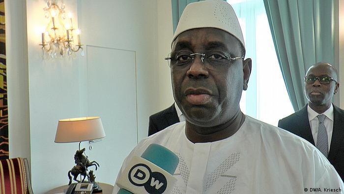 Senegals Präsident Macky Sall im DW-Interview in Dakar