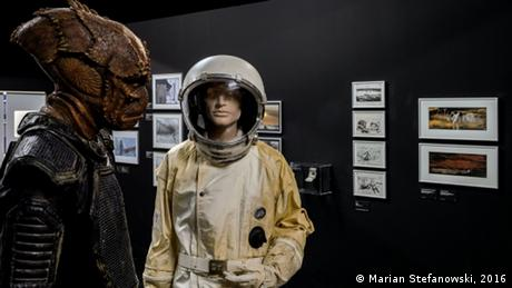 Ausstellung 'Things to Come. Science · Fiction · Film' - Ausstellungsexponate (Foto: Marian Stefanowski)