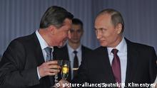 Russland Moskau Borissowitsch Iwanow Chef der russischen Präsidialverwaltung und Putin (Ausschnitt)