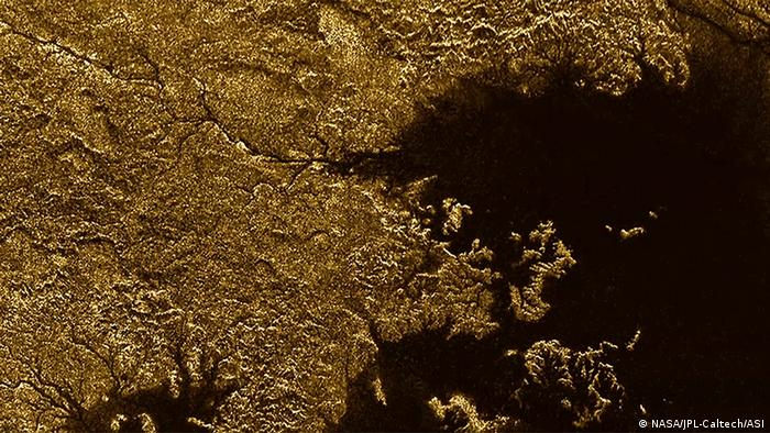 Озера з метану