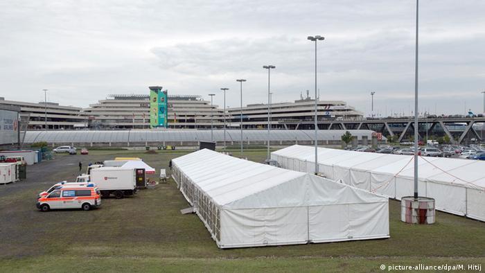 Flughafen Köln Bonn Drehkreuz für Flüchtlinge