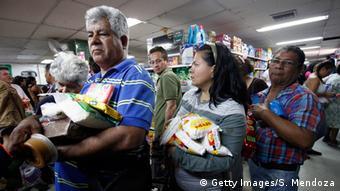 Venezuela - Öffnung der Grenze zu Kolumbien (Getty Images/S. Mendoza)
