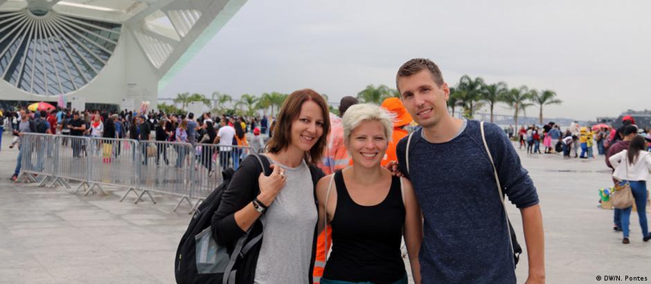 Evelin, Elfi e Fabian foram ver a amiga atleta competir pela Alemanha