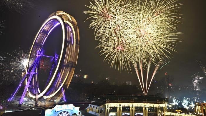 Silvester Wien Prater Kirmes Jahreswechsel Feuerwerk