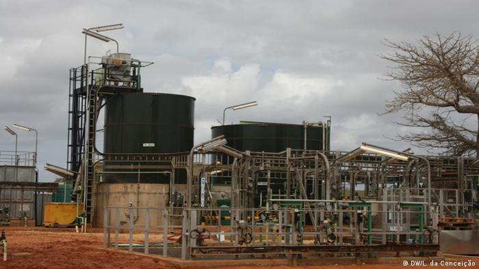 Mosambik, Bilder aus Inhambane - Fabrik