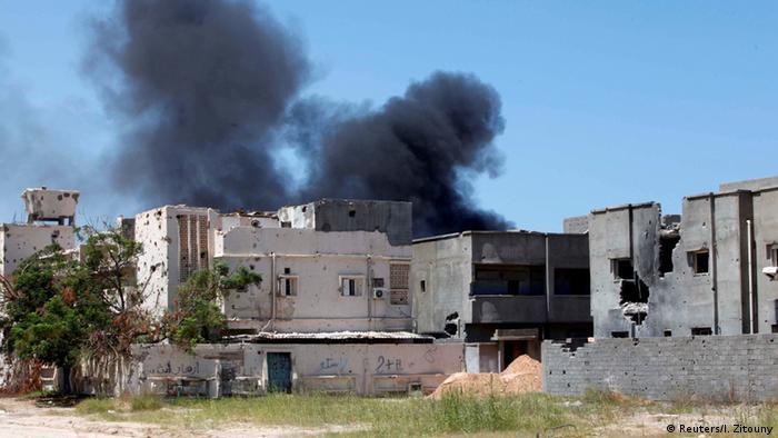 El millar de terroristas proviene de diversas países. Seis años tras caída de Al Gadafi, Libia es un Estado fallido, en el que dos gobiernos se disputan el poder. 30.08.2017