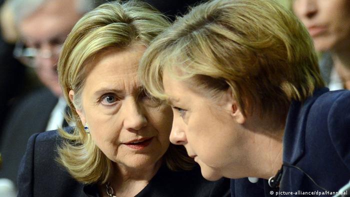 Angela Merkel und Hillary Clinton beim 7. OSZE-Gipfel in Astana