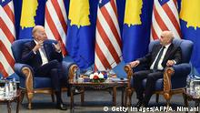 Kosovo USA Treffen in Pristina - Joe Biden & Isa Mustafa (Getty Images/AFP/A. Nimani)