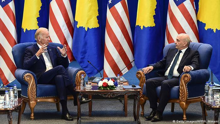 Kosovo USA Treffen in Pristina - Joe Biden & Isa Mustafa