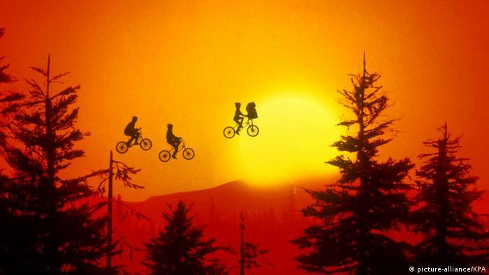 Film still 'E.T.' by Steven Spielberg (Photo: dpa)