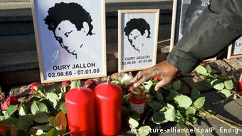 Το 2005 ένας μετανάστης από τη Σιέρα Λεόνε βρήκε τραγικό θάνατο σε αστυνομικό τμήμα. Η υπόθεση αυτή εκκρεμεί ακόμη στη γερμανική δικαιοσύνη.