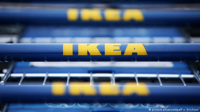 Ikea Shopping cart handles Copyright: picture-alliance/dpa/F.v. Erichsen