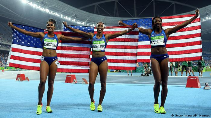 Brianna Rollins (2,v,l.) nach ihrem Gold-Coup in Rio. Foto: Getty Images
