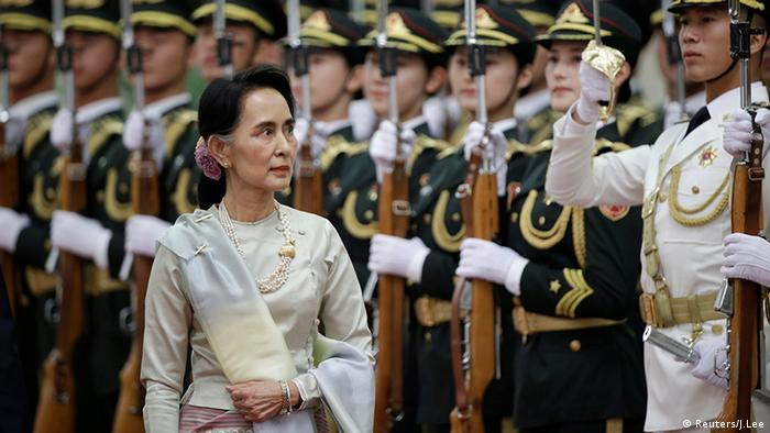 China Li Keqiang und Aung San Suu Kyi (Reuters/J.Lee)