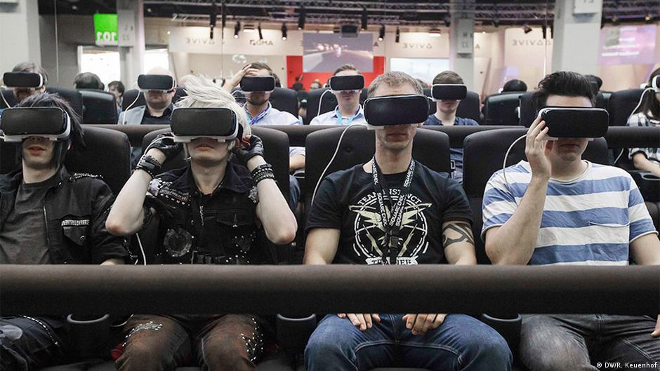 Gamescom: 'Virtual reality is only an interim solution'