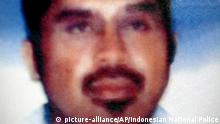 Aug. 21, 2003 In this photo released by Indonesian National Police on Aug. 21, 2003, Southeast Asian terror mastermind Hambali is shown. Encep Nurjaman, who's known as Hambali, an Indonesian held for nearly 10 years at the U.S. military prison at Guantanamo Bay, Cuba, has appeared for the first time at a hearing called to determine whether he should remain in detention. (Indonesian National Police via AP) (c)| picture-alliance/AP/Indonesian National Police