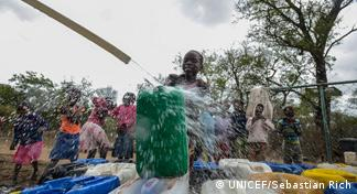Mosambik Mahonhane neue Wasserpumpe