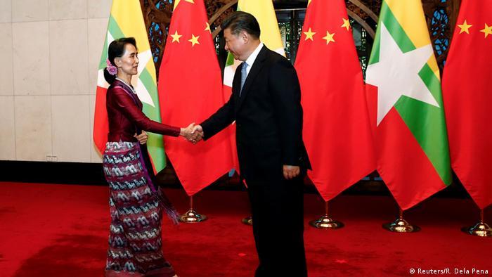 Treffen von Xi Jinping und Aung San Suu Kyi (Reuters/R. Dela Pena)