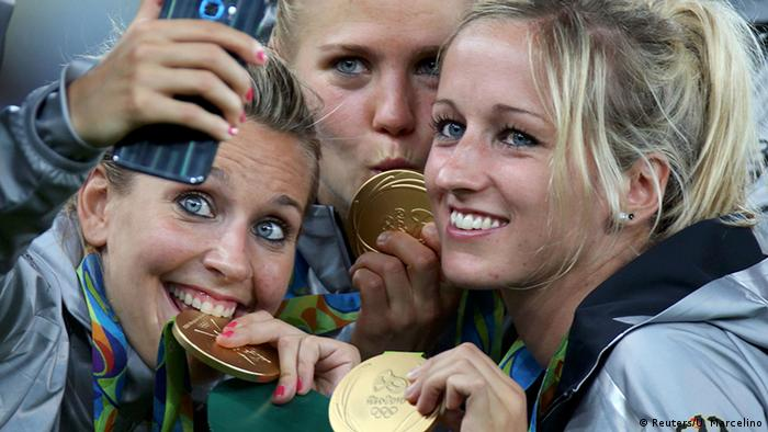 Germany's women show off their 2016 gold medals