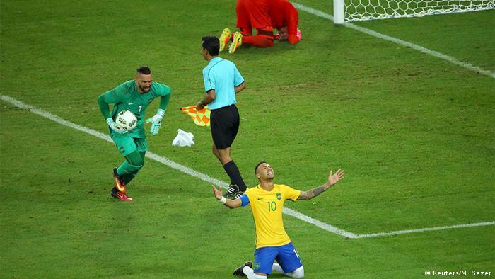 Olympia Rio 16 20 08 Fußball Deutschland Brasilien Finale Elfmeterschießen (Reuters/M. Sezer)