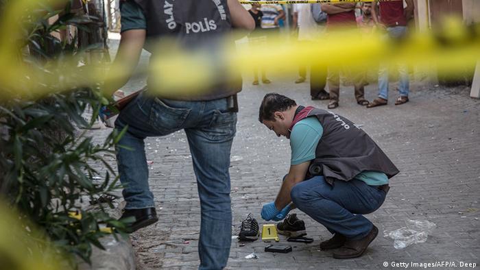 Турецькі поліцейські на місті теракту