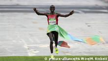 Brasilien Olympische Spiele in Rio 21 08 2016 - Eliud Kipchoge Kenia Marathon