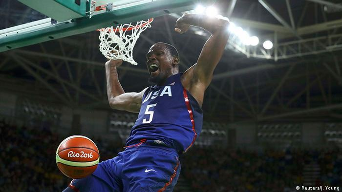 Brasilien Olympische Spiele Rio 2016 21 08 - Basketball USA vs Serbien Finale (Reuters/J. Young)