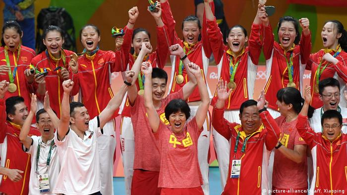 Rio 2016 Olympia Volleyball Damen China Jubel (picture-alliance/doa/Y. Xiaoping)