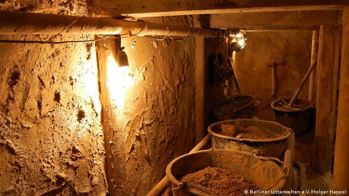 Экспозиция Берлинских подземелий в подвале бывшей пивоварни на Бернауэр Штрассе