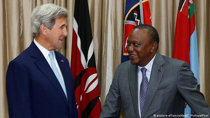 Kenia - US Außenminister John Kerry und Kenias Präsident Uhuru Kenyatta
