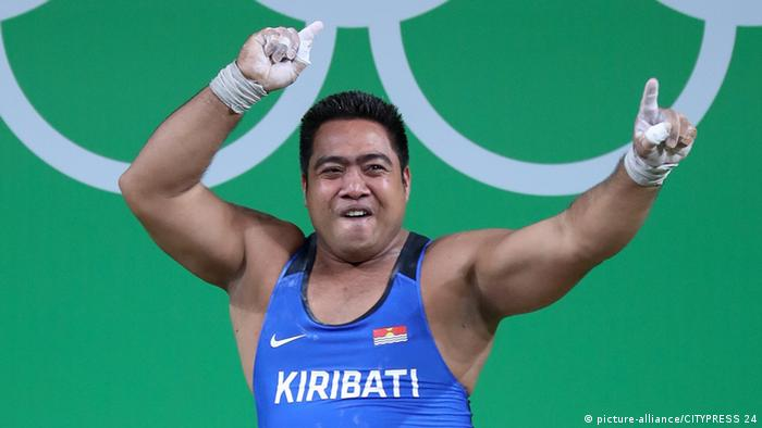 Olympic weightlifter David Katoatau from Kiribati, Rio 2016 © picture-alliance/CITYPRESS 24
