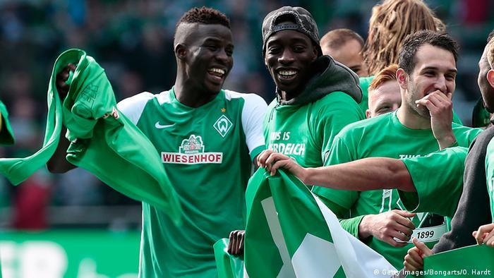 Ausrüster der Bundesliga 16/17 SV Werder Bremen - Wiesenhof