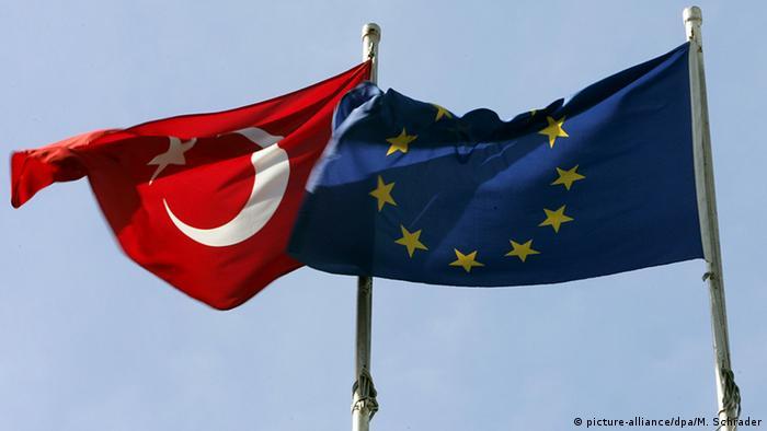Symbolbild Beziehungen Türkei und EU (picture-alliance/dpa/M. Schrader)
