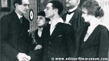 Die Szene aus dem Film Anders als die anderen von Richard Oswald