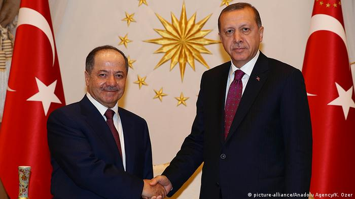 Президент Туреччини Реджеп Таїп Ердоган (праворуч) та екс-глава уряду Іракського Курдистану Масуд Барзані, 2016 рік