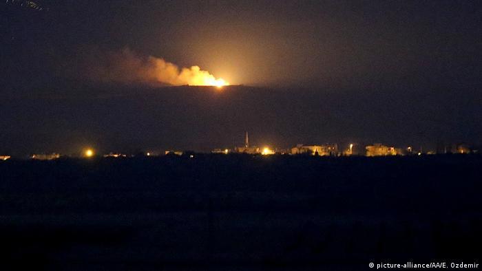 Türkische Luftangriffe auf Dscharablus (foto: picture-alliance/AA/E. Ozdemir)